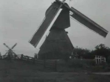 Electriciteit opwekken in molen Wervershoof (1955)