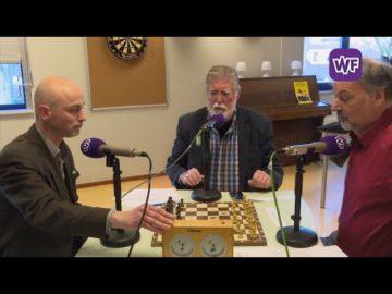 Schaakborddiscussie Opmeer: Robert Tesselaar (CDA) en Niko de Groot (PvdA)